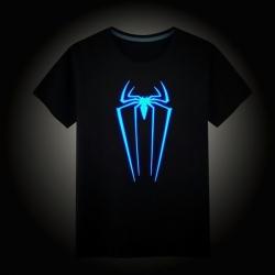 T-Shirt Homem Aranha - Brilha no Escuro