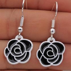 Brincos Flor Rosas Pretas